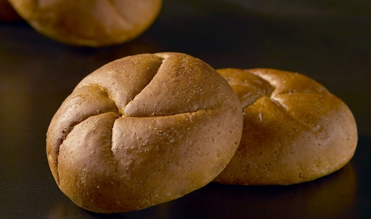 11319_Honey_Wheat_Kaiser_Roll