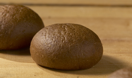 11279_Pumpernickel_Roll